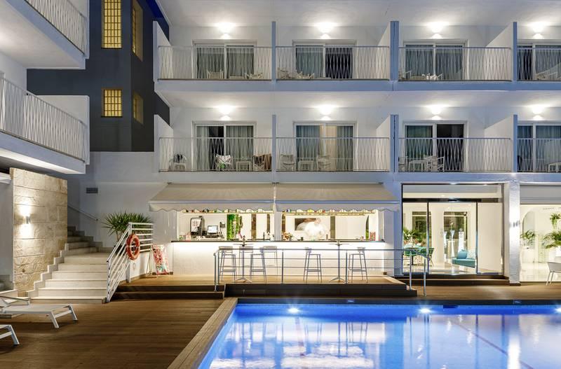 Hotel Tora In Calvia Official Website